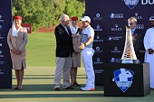 22.11.2015 - DP World Tour Championship 2015 - Jumeirah Golf Estates - Dubai - finále, prizegiving